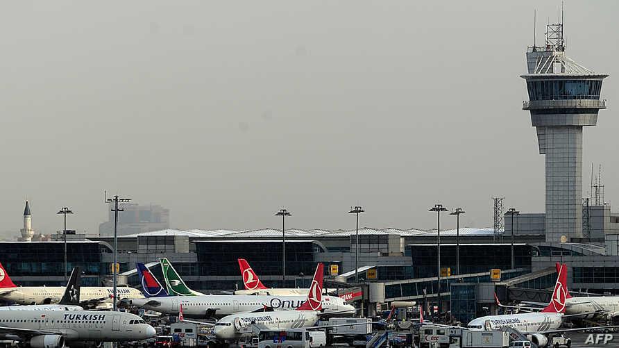 مطار أتاتورك في اسطنبول