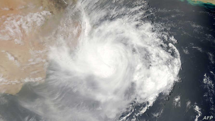 الإعصار ميكونو