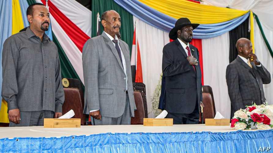 رئيس وزراء إثيوبيا ورئيس المجلس السيادي السوداني ورئيس جنوب السودان والرئيس الأوغندي يحضرون اجتماعا في جوبا لدعم مفاوضات السلام