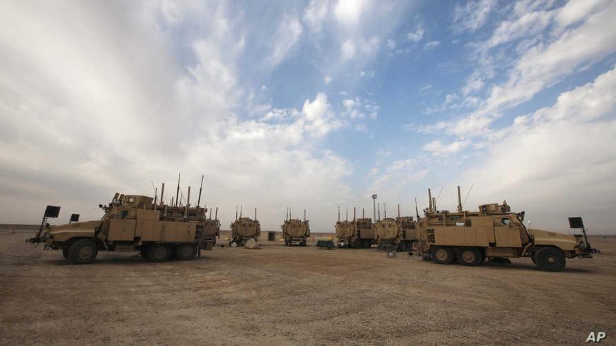 مدرعات أميركية محمية من الكمائن المقاومة للألغام (MRAP) في الشرق الأوسط
