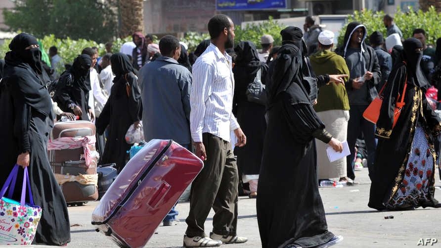 نقل آلاف المهاجرين غير الشرعيين بالسعودية نحو مراكز التجمع