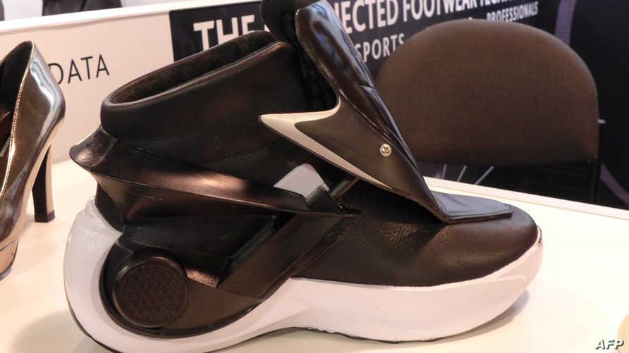 الحذاء الذكي الذي عرض في لاس فيغاس