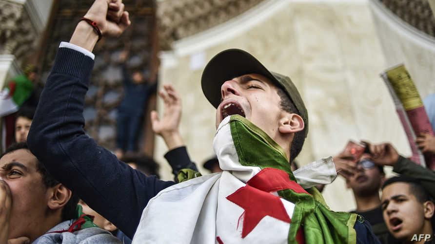 جمعة الجزائر العاشرة... الشعب لايزال يريد!