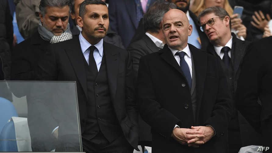 رئيس الاتحاد الدولي لكرة القدم جاني إنفانتينو ورئيس نادي مانشستر سيتي خلدون المبارك - أرشيف