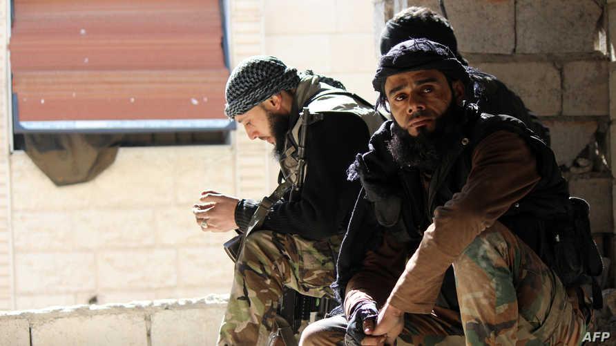 مقاتلون معارضون في سورية
