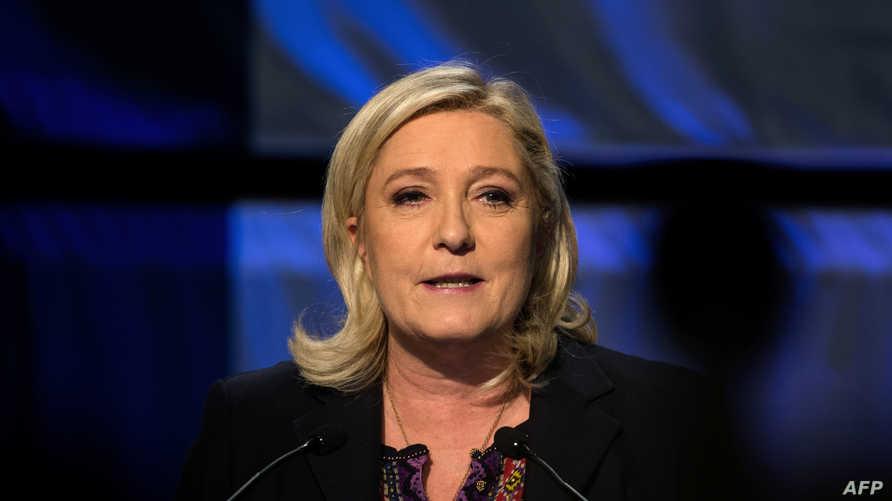 رئيسة حزب الجبهة الوطنية مارين لوبن
