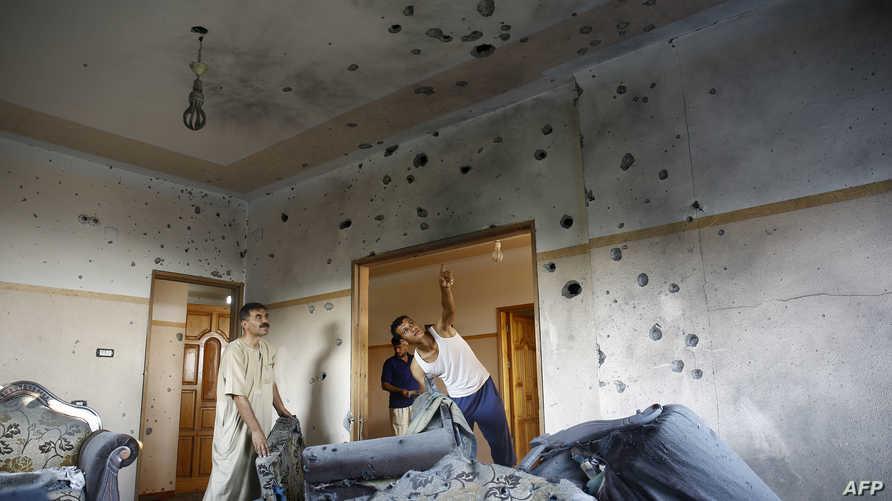 مخلفات قصف إسرائيلي سابق على غزة