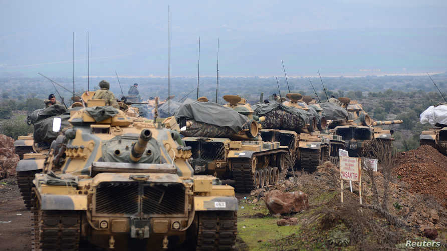 جنود أتراك قرب الحدود السورية