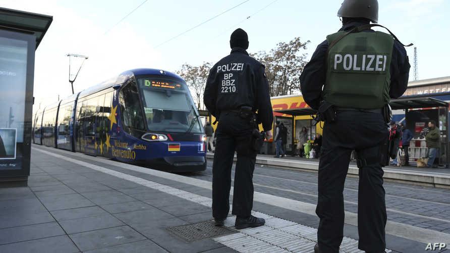عناصر في الشرطة الألمانية- أرشيف
