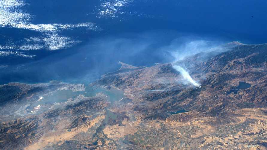 حرائق كاليفورنيا من الفضاء- الصورة لرائد الفضاء أندرو مورغان