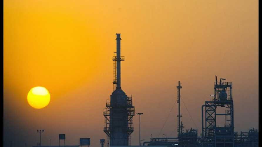 حقل مجنون النفطي / الصورة من (شل)