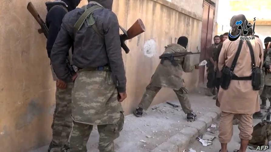 مقاتلو داعش في كوباني