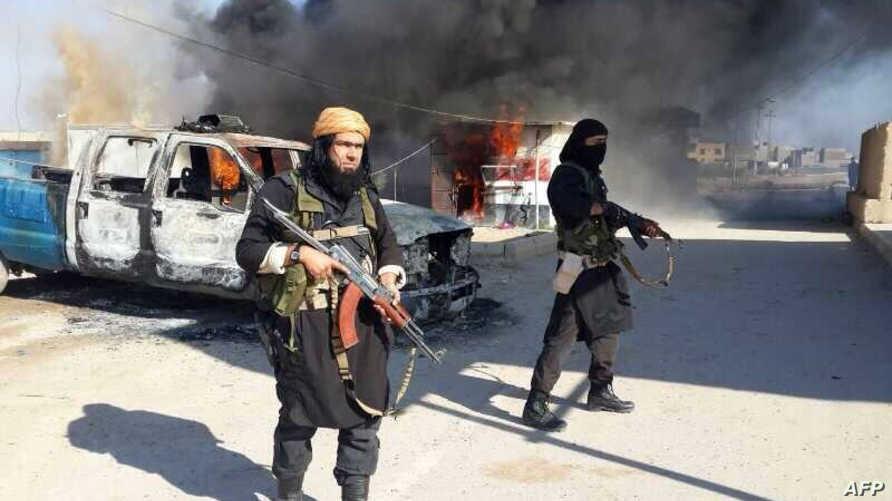 مسلحو داعش دمروا التماثيل وفرضوا الجزية على المسيحييين