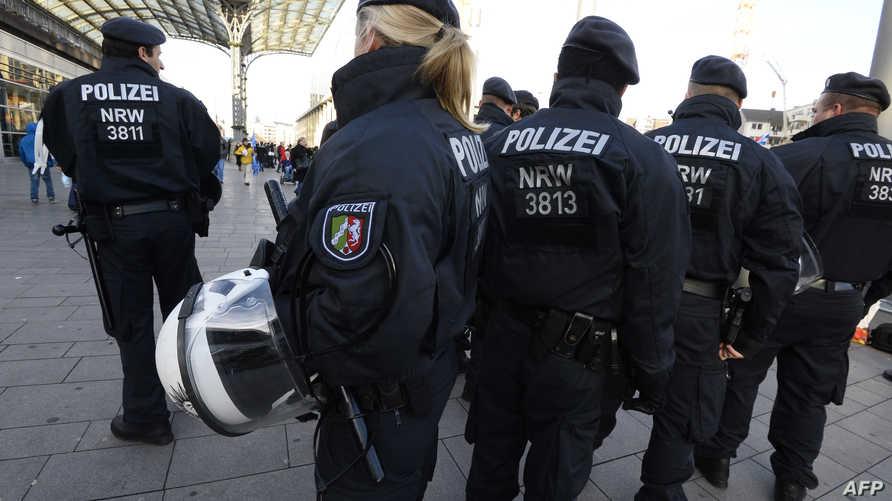 عناصر من الشرطة الألمانية في كولونيا