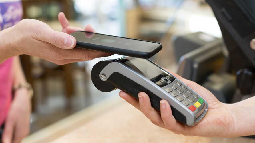 توقعات بارتفاع وتيرى استخدام تطبيقات ذكية في الدفع