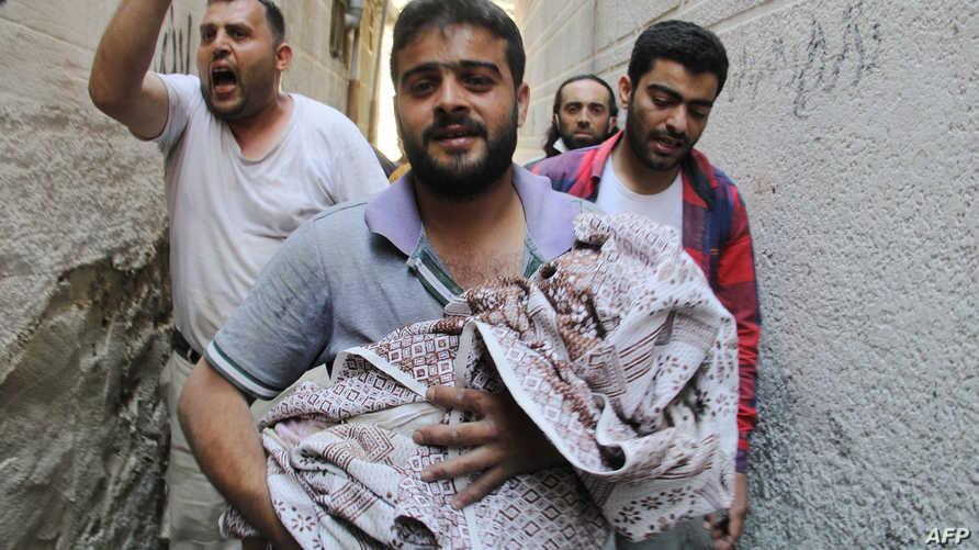 آثار قصف للقوات النظامية السورية على حلب في حزيران/يونيو 2015