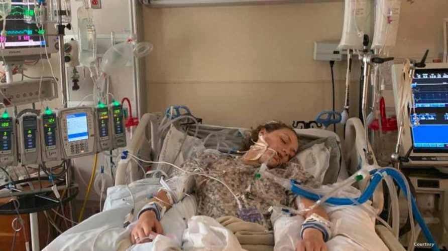 شيري كندا  وهي في غيبوبة بغرفة العناية المركزة