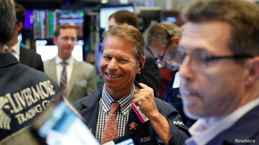 تفاؤل في بورصة نيويورك بعد فترة وجيزة من افتتاحها الجمعة
