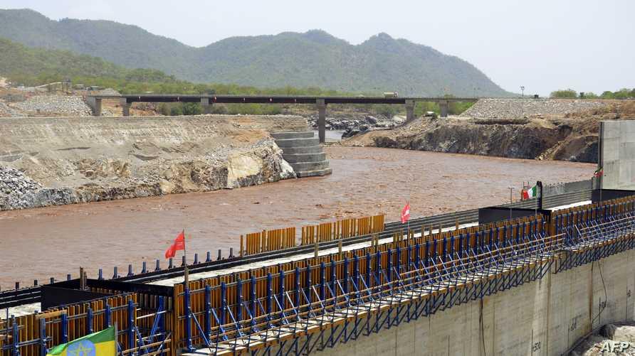 احتفالية لتحويل مياه النيل الأزرق لبناء سد النهضة الاثيوبي