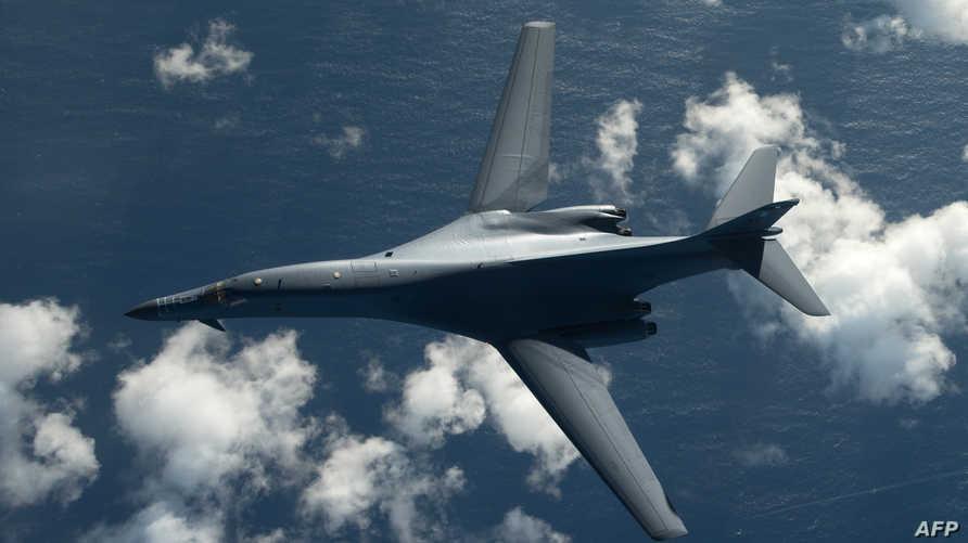 قاذفة من طراز B-1B Lancer