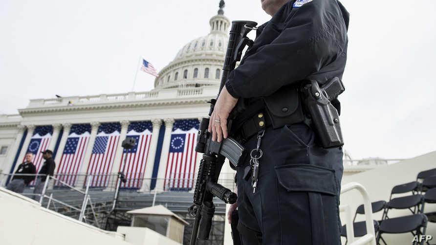 شرطي أميركي في واشنطن