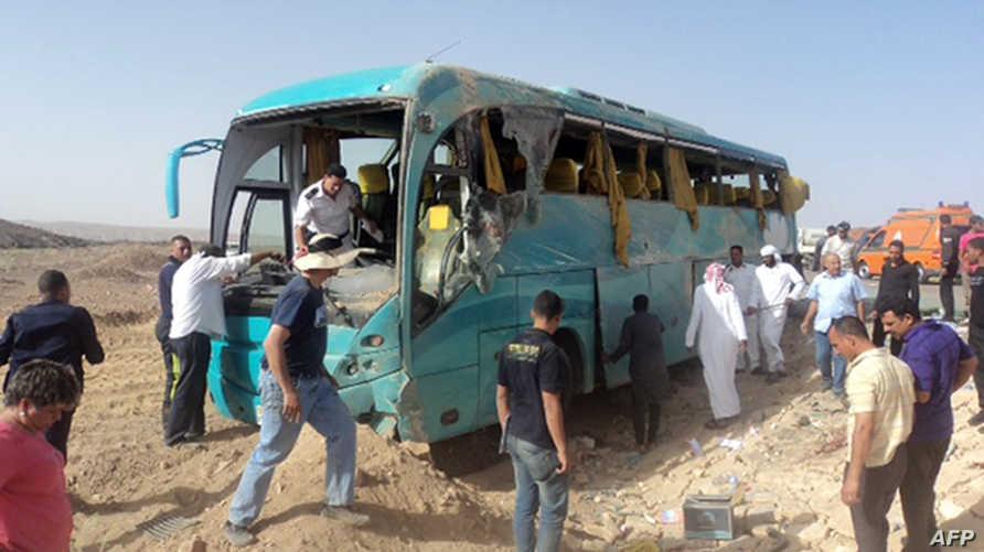 صورة من موقع حادث تصادم حافلة سياحية في سيناء. أرشيف