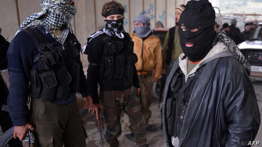 مقاتلون من المعارضة السورية في جسر الشغور -أرشيف
