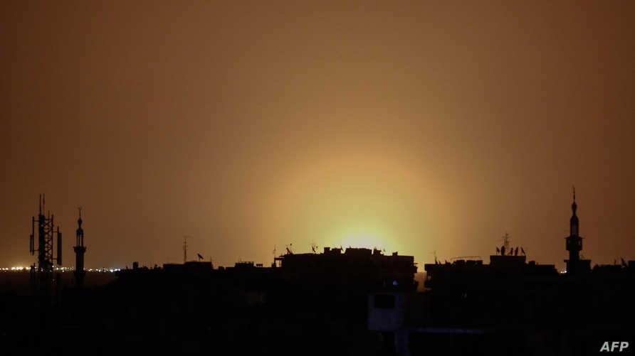 نيران تتصاعد من منطقة قريبة من مطار دمشق - أرشيف