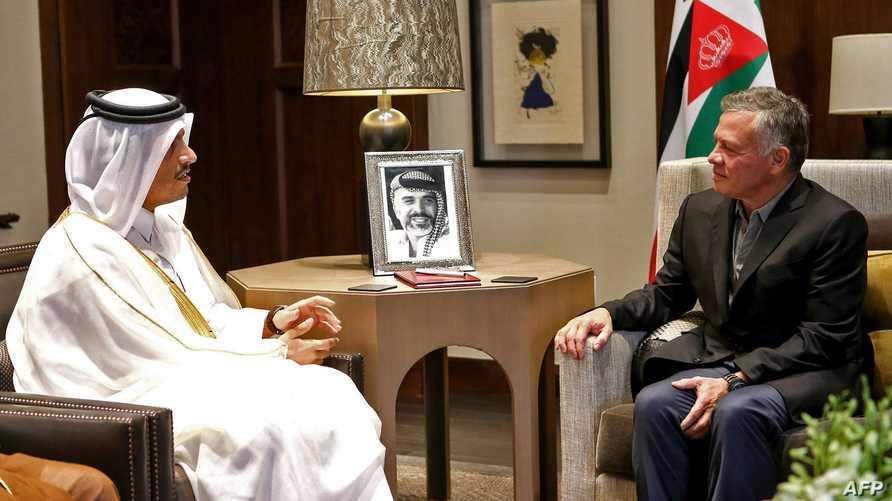 ملك الأردن عبد الله الثاني مستقبلا وزير الخارجية القطري محمد بن عبد الرحمن آل ثاني