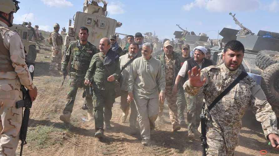 صورة لقاسم سليماني مع عناصر من فيلق القدس في سوريا