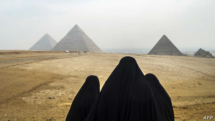 منذ أواخر سبعينيات القرن الماضي انتشرت ظاهرة الحجاب الإسلامي بصورة غير مسبوقة (أ ف ب)