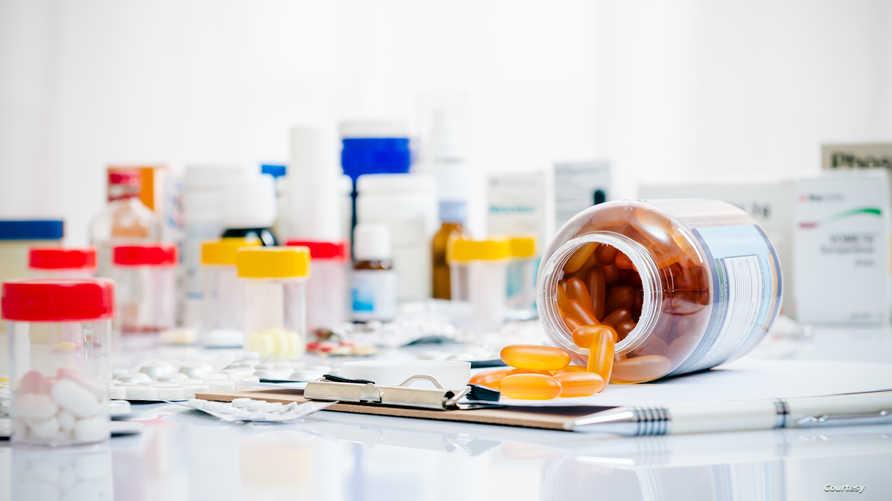 مجموعة من الأدوية