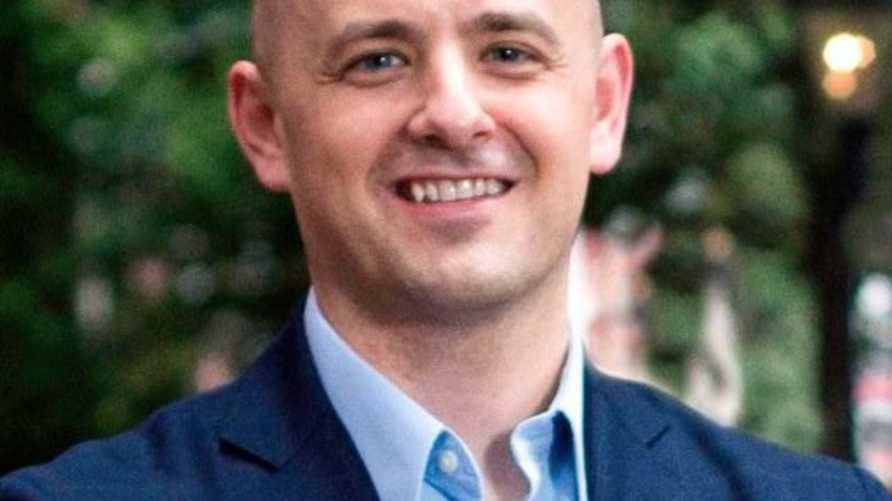 """صورة للمرشح المستقل إيفان ميكمولن من حسابه الشخصي على موقع """"تويتر"""""""