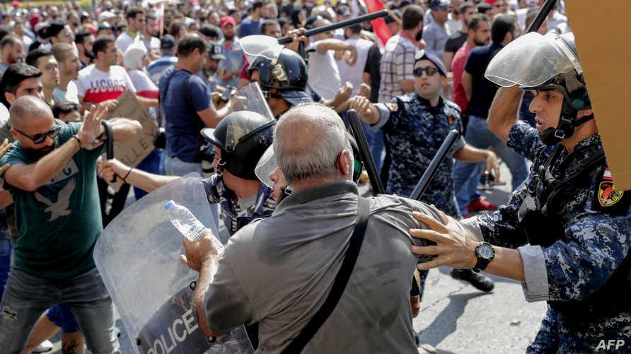 صدامات بين متظاهرين والأمن اللبناني