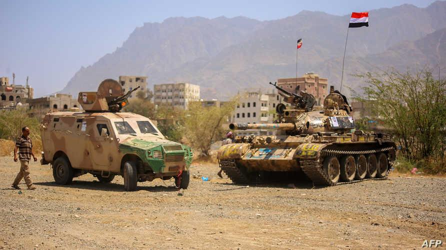 قوات موالية لهادي قرب تعز
