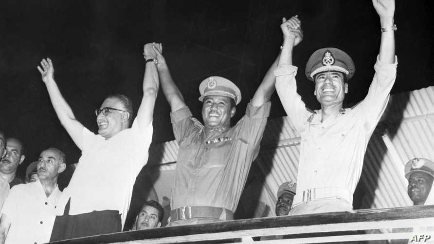 القذافي والنميري وعبدالناصر في صورة تعود للعام 1970 في الخرطوم