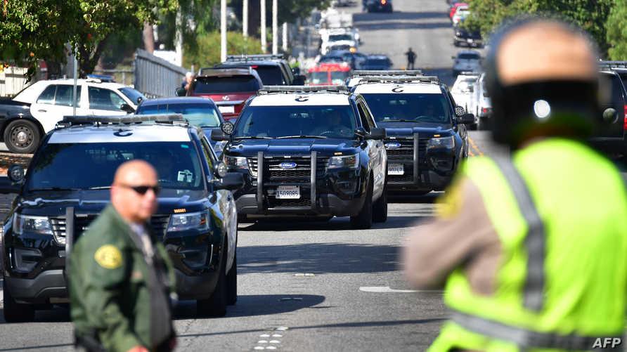 شرطة كاليفورنيا خلال تعاملها مع حادث إطلاق نار سابق