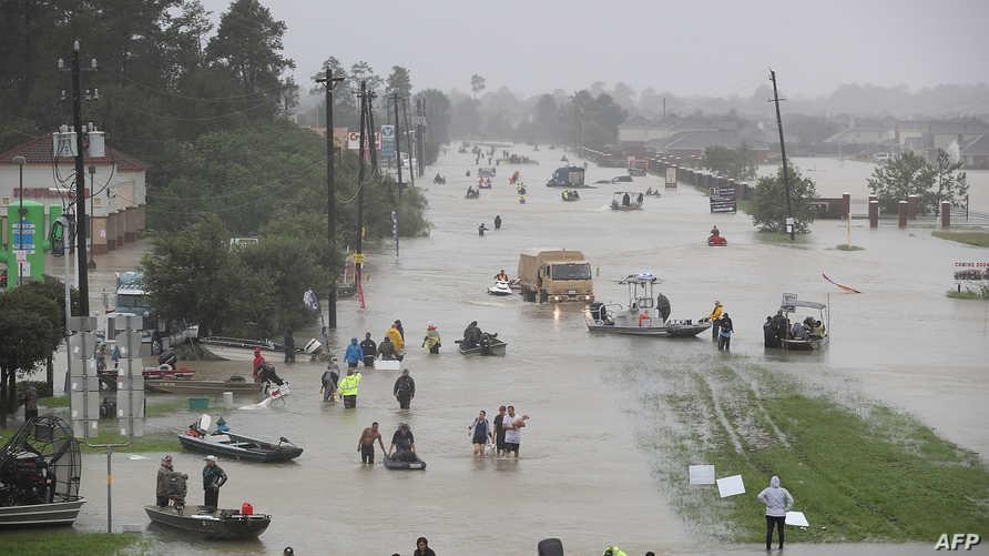 جانب من الفيضانات التي خلفها الإعصار هارفي