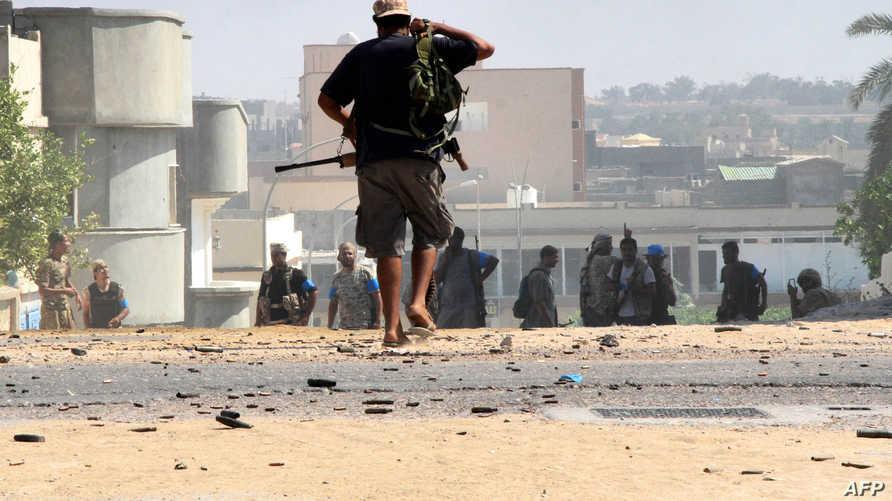 عناصر في القوات الليبية في سرت