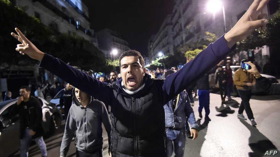 تظاهرة ليلية في العاصمة الجزائرية