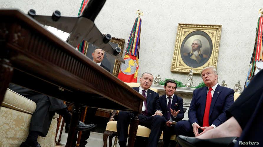 الاجتماع في المكتب البضاوي شهد توترا بين أعضاء في الكونغرس وأردوغان.