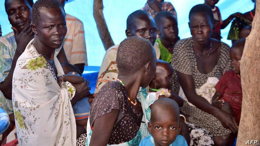 نساء وأطفال نازحون في ولاية الوحدة في جنوب السودان
