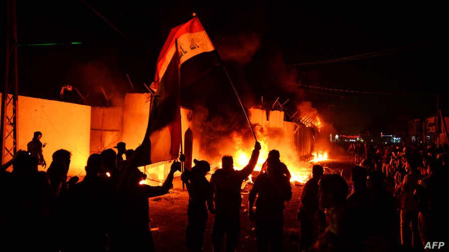 خلال حرق القنصلية الإيرانية في النجف
