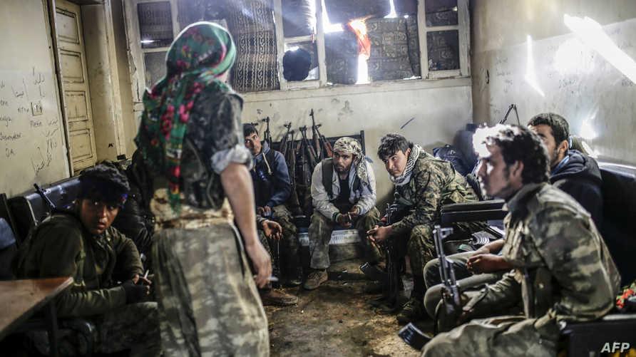 مقاتلون أكراد في كوباني -أرشيف