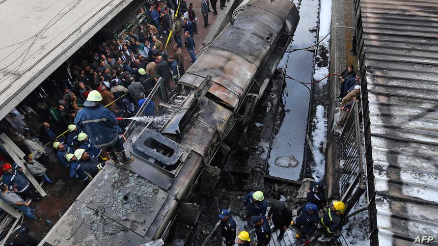 حادث القطار في محطة رمسيس بالقاهرة مأساوي، وأسبابه المعلنة نوع من الفانتازيا التي تعكس الحالة الفانتازية التي تعيشها مصر حاليا