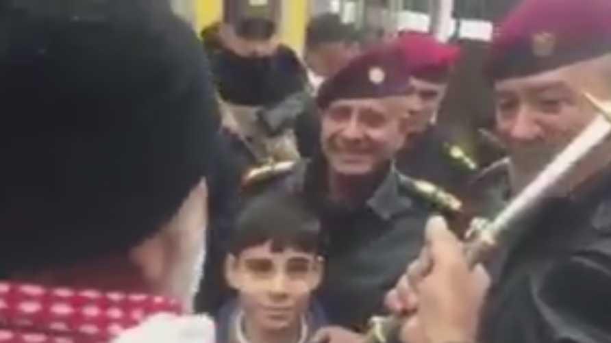 قائد جهز مكافحة الإرهاب عبد الغني الأسدي يتسلم السيف