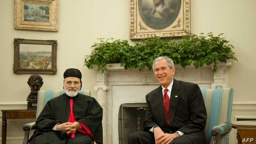 الرئيس الأميركي الأسبق جورج دبليو بوش الأبن والبطريرك الماروني السابق نصرالله صفير . أرشيفية