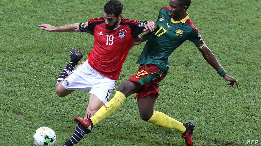 لقطة من مباراة بين مصر والكاميرون في نهائيات كأس أفريقيا 2017