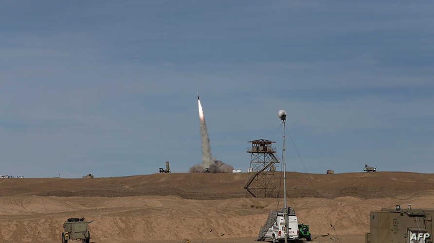 جانب من تجربة صاروخية إيرانية سابقة