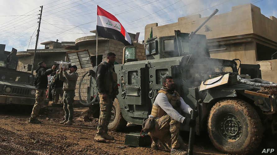 قوات عراقية تتقدم جنوب غربي مدينة الموصل الخميس